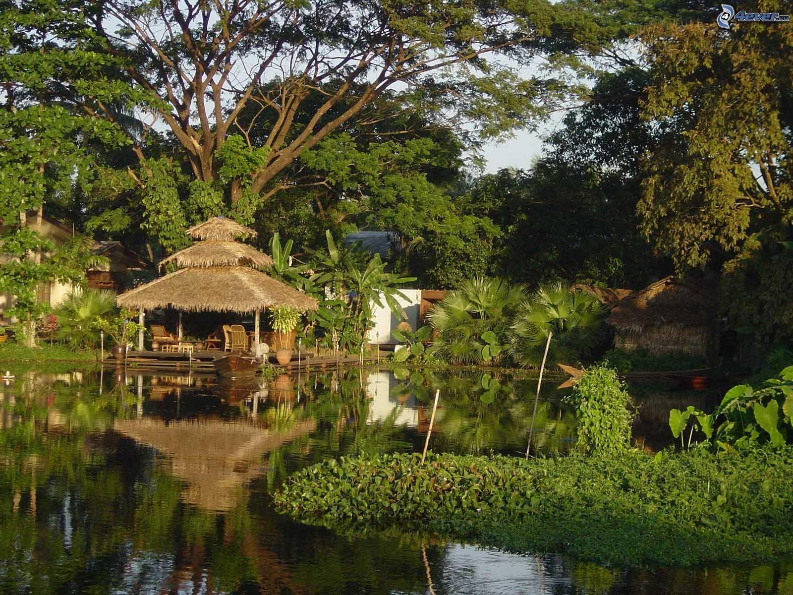 House on water for Casa de jardin mobile home park