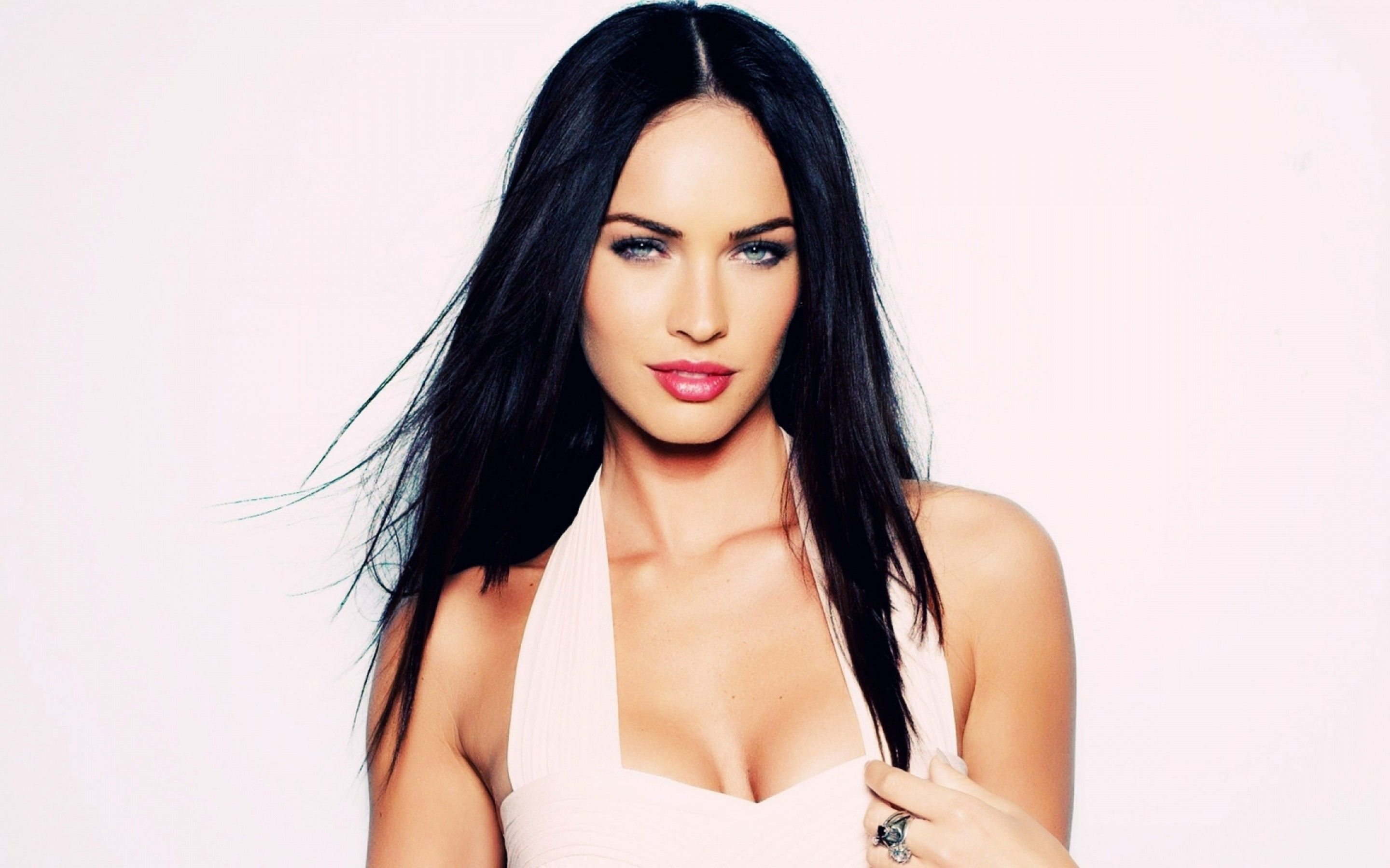 What did actress Megan Fox look like before and after plastics: features and interesting facts 61