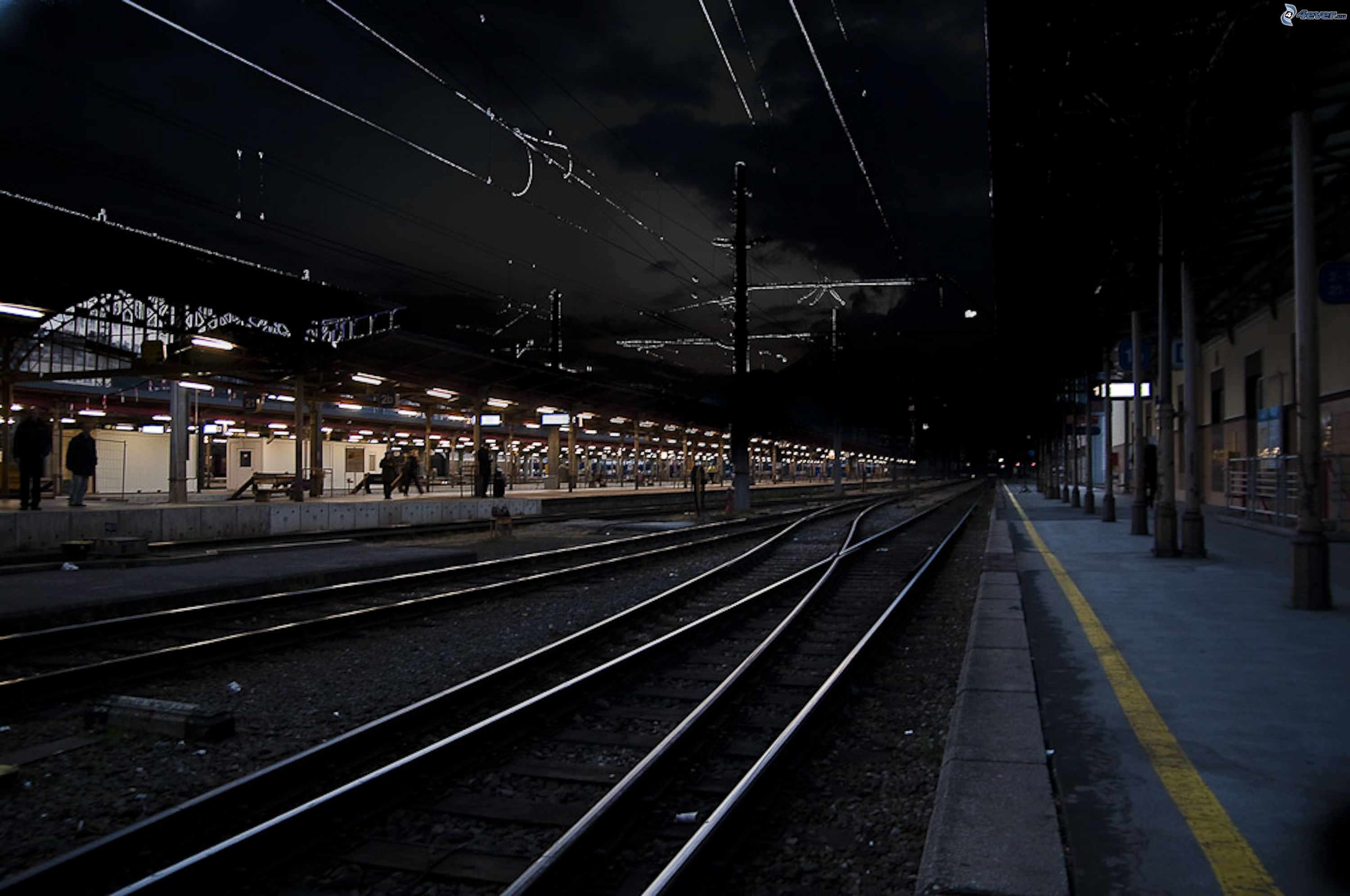 One night on the railway station